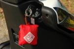 TUCANOURBANO - nákupní taška v klíčence na skútr ( scooter ) v pěti barvách - ULKA 341